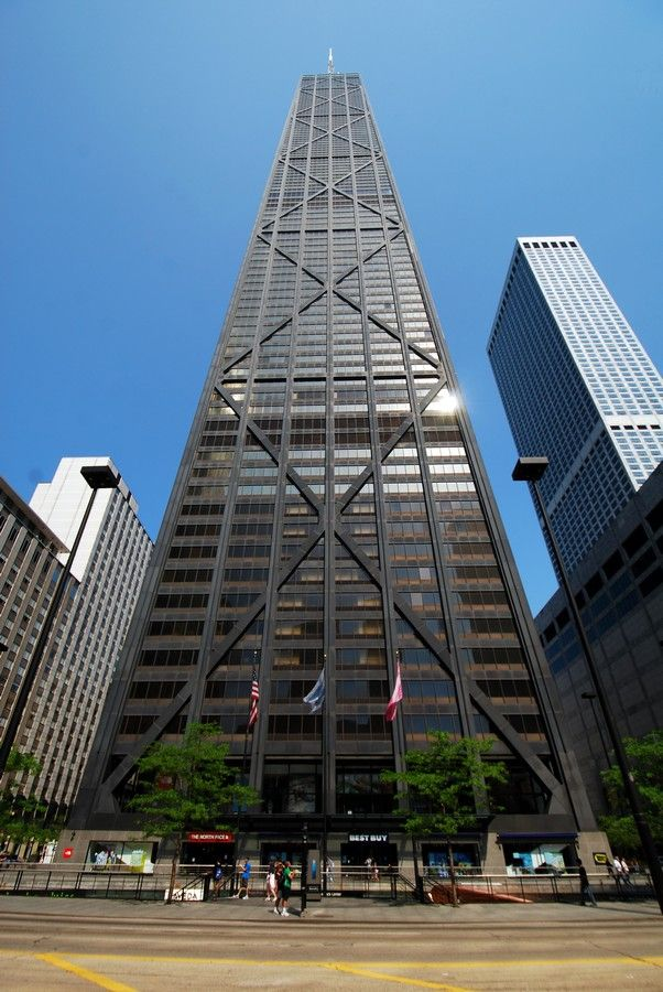 John Hancock Center Chicago - Dauntless ziplining in #Divergent... I am a native of the city Dauntless born and raised. I have the job of doing ridiculous stunts and people always come to watch me.