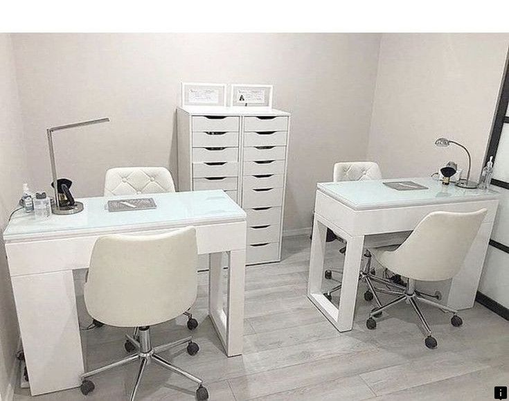 Look At The Webpage To Learn More About Short Acrylic Nails Just Click On The Link To Get More Informat Home Beauty Salon Nail Salon Decor Nail Salon Design
