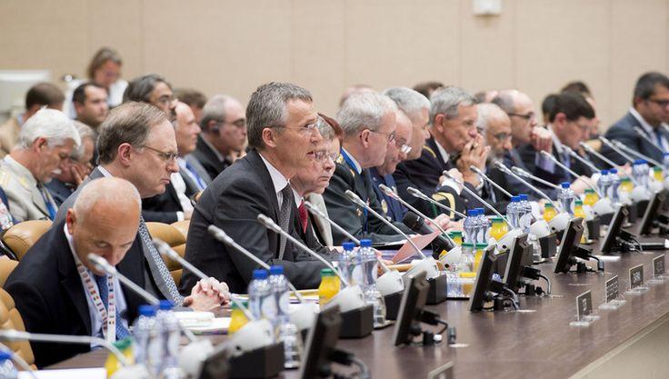 Міністри оборони країн НАТО підтвердили свою непохитну підтримку Афганістану (англ.) | Україна в НАТО