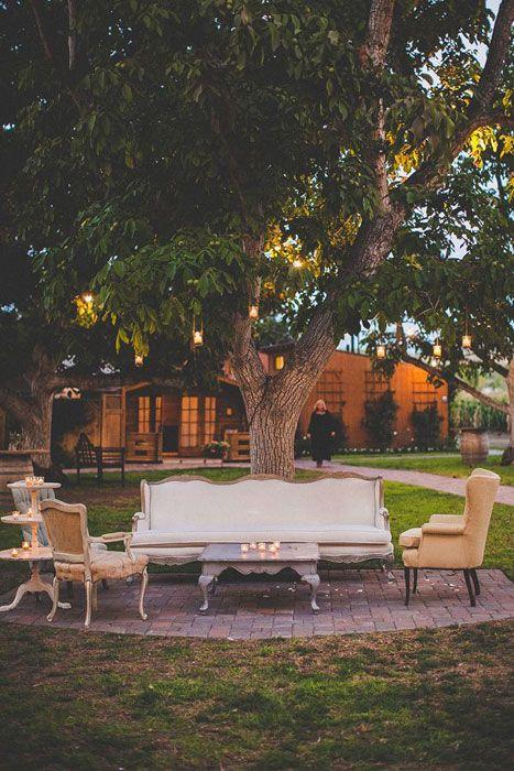 A backyard wedding lounge area. Photo Source: Wedding Chicks  #weddinglounge #backyardlounge