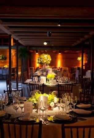 Decoração de Casamento amarelo e lilás | http://www.blogdocasamento.com.br/cerimonia-festa-casamento/decoracao-festa-igreja/decoracao-de-casamento-amarelo-e-lilas/