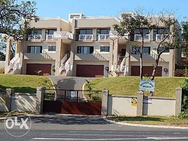 R  2,700,000: Brand New!! Just move in and stay! This complex consist of only 3 units. Very modern and Spacious!! Amazing views from Rooftop. Close to beach and other amenities. Each unit has its own prepaid elect...
