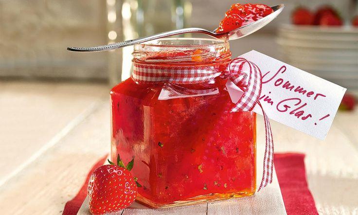 Erdbeer-Rhabarber-Konfitüre mit Zitronenmelisse Rezept   Dr. Oetker