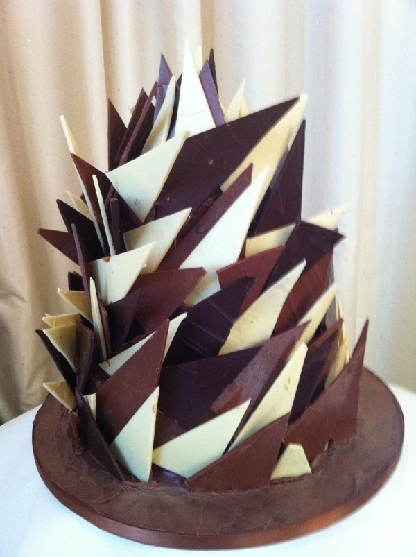 chocolate cake decoration - Chocolate Decorations