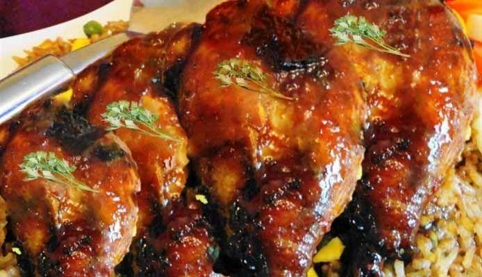 Surinaams eten – Caribbean Ovenschotel (Caribbische geroosterde kippenbouten)