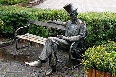 Nils Ferlin statue i Filipstad.