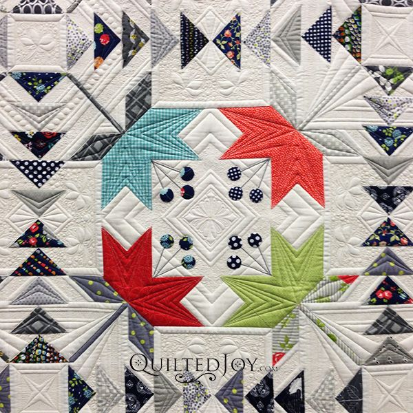 Coastal Lily by Thelma Childers & Judi Madsen, WINNER 1st Place Bed Quilts: Longarm Machine Quilted. 2015 AQS quilt show - Paducah. Pattern by Laurie Simpson and Polly Minick. Closeup photo by Quilted Joy.