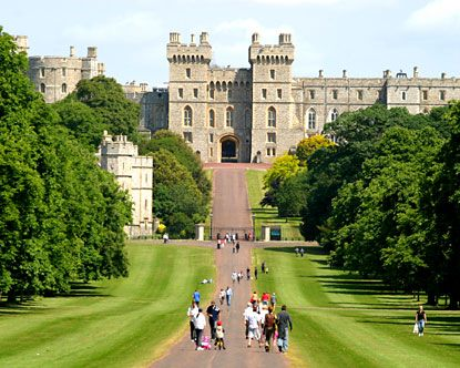 Windsor Castle: England, Favorite Places, London, Places I D, Castles, Travel, Windsor Castle, Ive