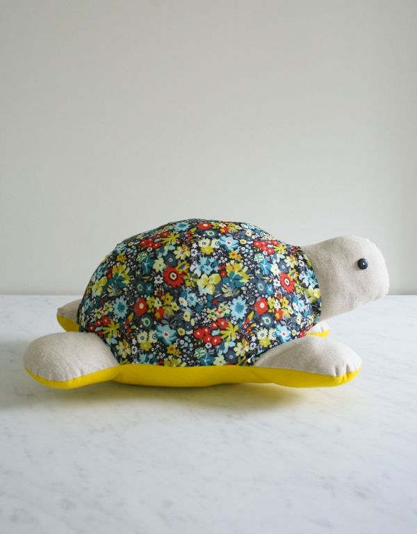 Myrtle the Turtle - The Purl Bee -  free pattern and tutorial- wouldn't she be cute in some #handdyed or #tiedyed fabric?
