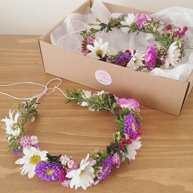 Baby shower flower crowns for two mummas to be 💫🌼❤