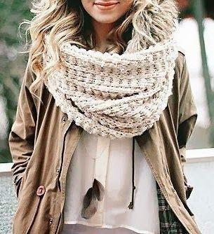 #winter #fashion / chunky knit scarf