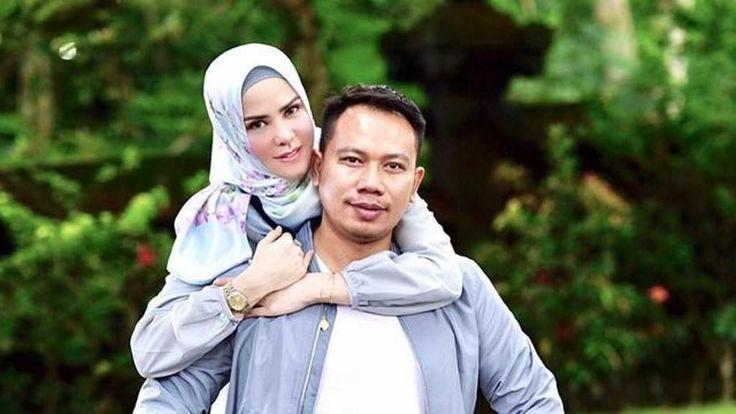 Belum Selesai Vicky Prasetyo dan Angel Lelga Akan Gelar Resepsi Jilid Dua di Hongkong Tayang di TV Juga
