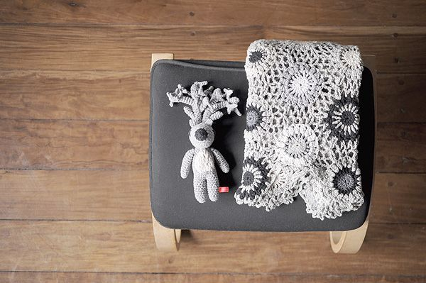 Leonor blanket in shades of gray and Gabriel deer by Miga de Pan