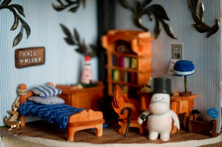 Moomin House || miniature, dollhouse, clay