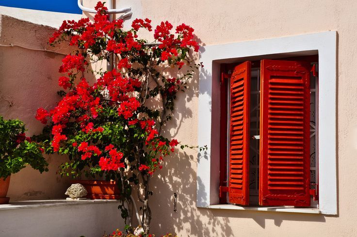 Summer Red - Santorini/Fira/Oia (from #luisdehoyos at www.500px.com/dhclicks )