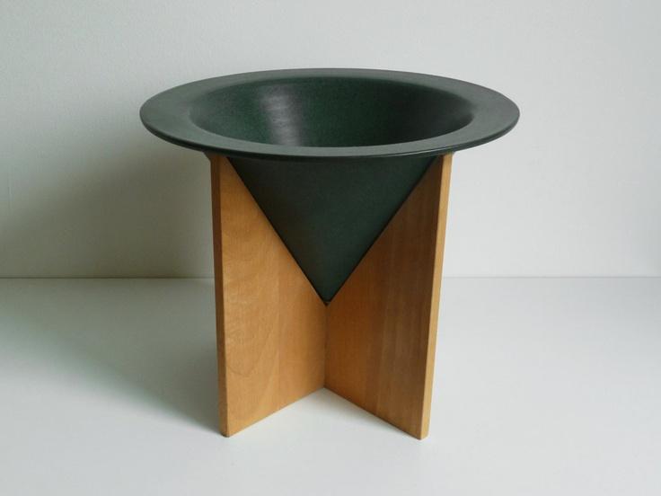Modern Dutch Vase - Cor Unum