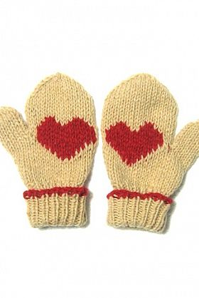 Fair trade heart gloves for Valentines day!