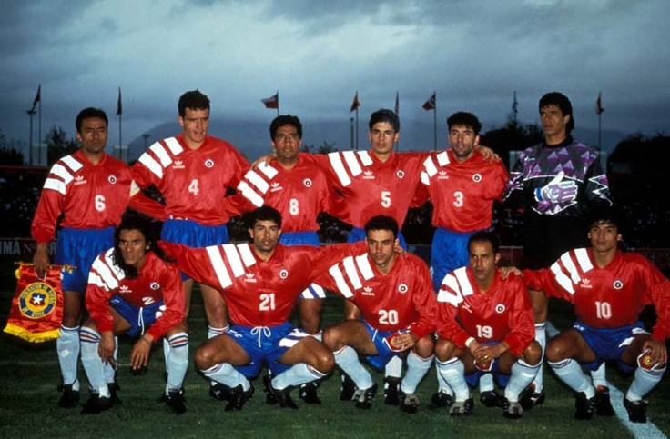 Pizarro, Margas, Lepe, Miguel Ramirez,Vilches, Toledo;  Mendoza, Castillo, Sierra, Figueroa, Estay.