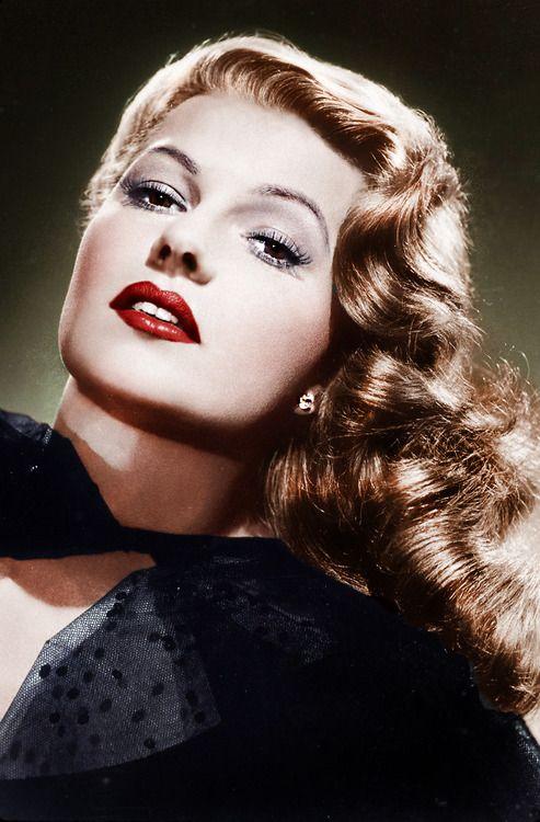 Rita Hayworth (born Margarita Carmen Cansino; 17th October 1918 – 14th May 1987) ....Carmen born on 10/17 : )