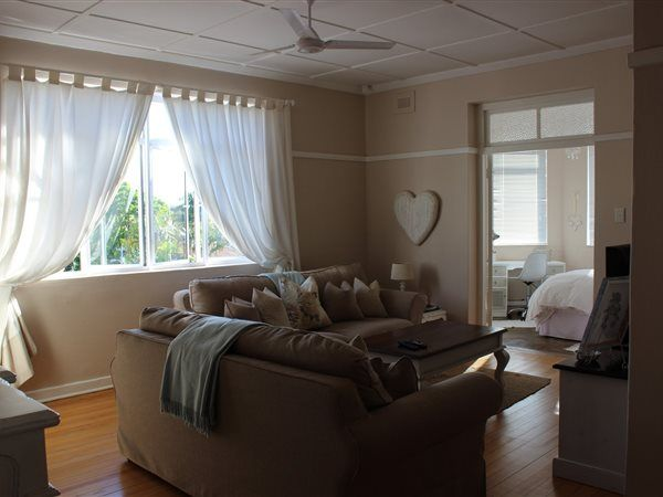 2 bedroom flat in Musgrave, Musgrave, Property in Musgrave - Z25535