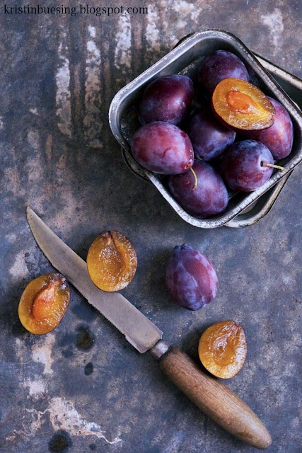Sugar plums for German plum cake... something hardly anyone outside Germany…