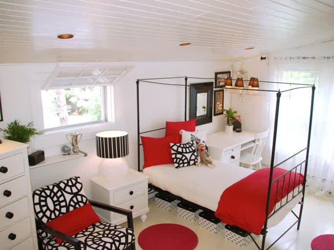 1000 ideas about retro bathroom decor on pinterest for Black white and yellow bathroom ideas