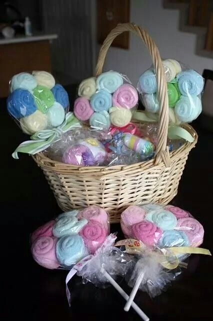 Baby Gift Basket Flowers : Diy baby shower gift basket giant onesie lollipops oh