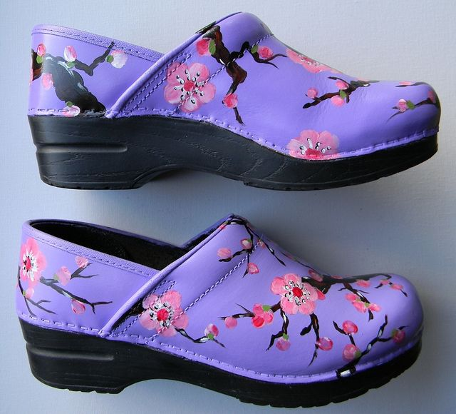 Jen Hardwick hand paintes clogs. You supply the clogs and inspiration, she paints.
