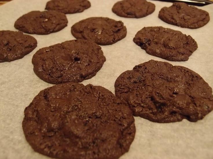 Chocolate cookies by massuttaynna@blogspot.fi
