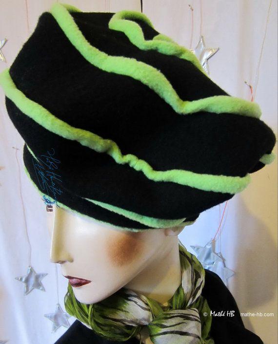 Winter Mütze schwarz Wolle und Apfelgrün Spirale par MatheHBcouture
