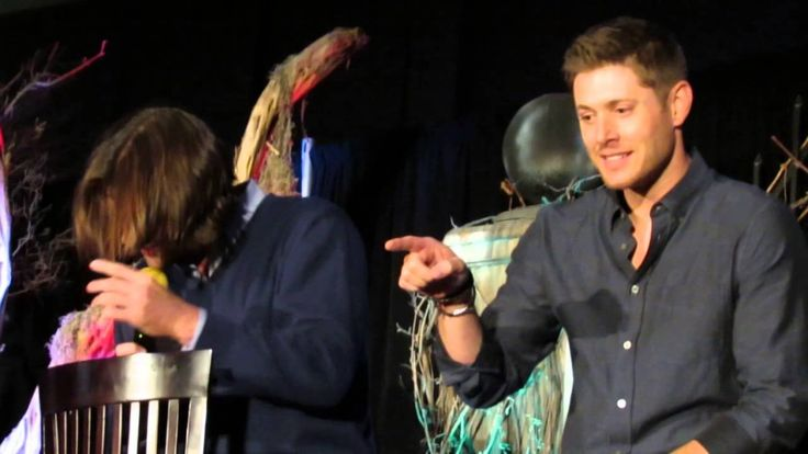 Jensen & Jared #Burcon14 so frigging hilarious LMAO (rocking, jumping, laughing, Jared talking to his hair & singing the U.S. States in alphabetic order, the mattress story) oohhh BOYS <3 <3