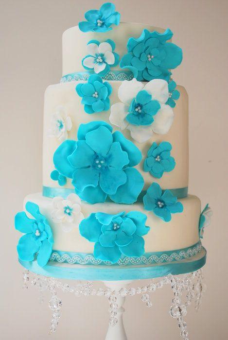 aqua flower cake