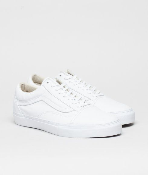 All white with a red 'Vault' heel tab. Done in a premium leather upper and waffle cup vulcanised sole. The ultimate Old Skool.