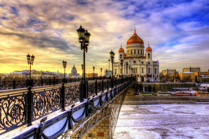 St_-Petersburg-Building-HD-Wallpaper1.jpg (2560×1702)