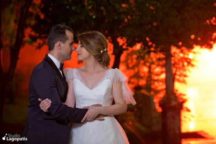 #setfiretotherain #wedding #weddingphotography #groom #bride #newlyweds #nofilter www.lagopatis.gr