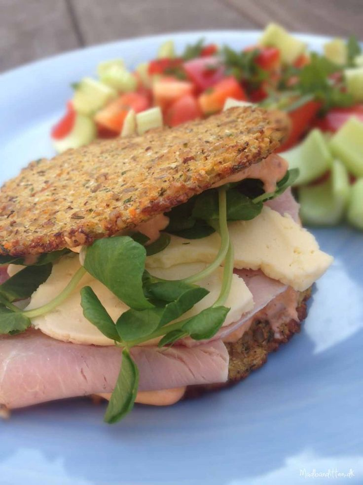 LCHF-sandwich made with cauliflower bread #glutenfree #grainfree #lowcarb