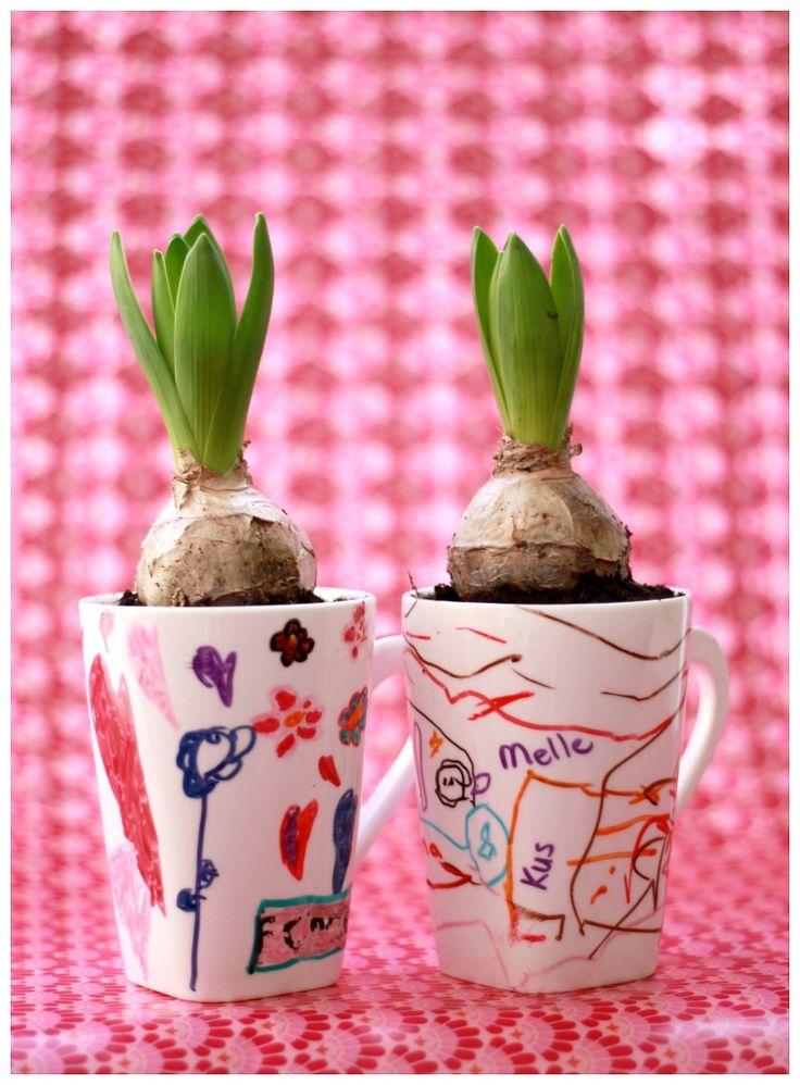 diy - Mok versieren met porseleinstiften