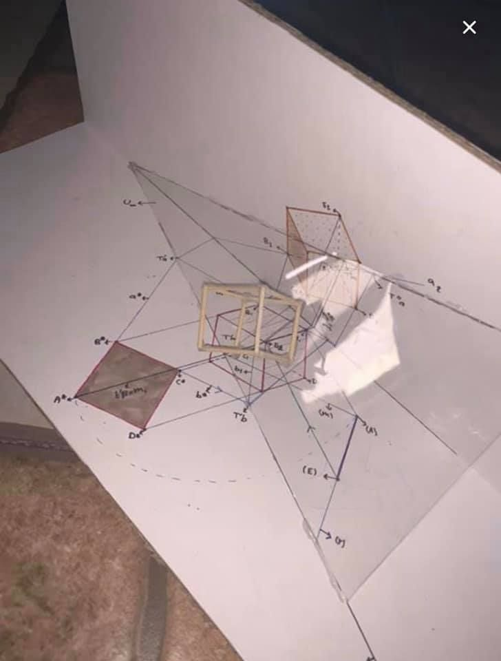 مجسم 5 تحديد الاسقاطات العمودية لمكعب بقاعدة تنتمي لمستوى مائل في وضع عام Geometry Architecture Technical Drawing Geometry