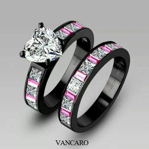 The black gold makes the heart pop. The pink sapphires are an excellent complement.
