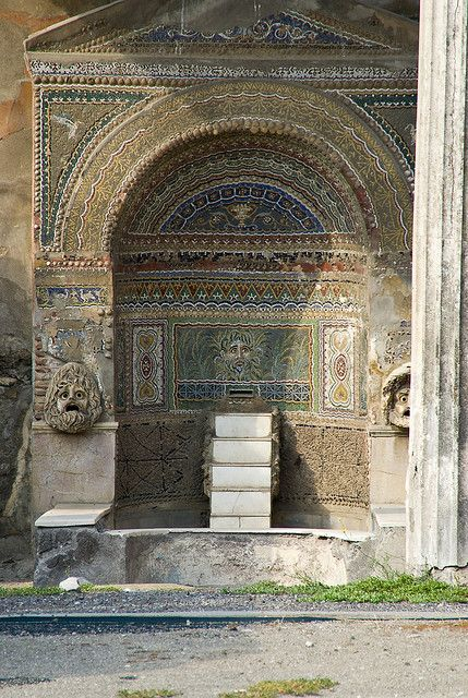 ethical issues in pompeii and herculaneum Pompeii and herculaneum are undoubtedly two of the most prolific and valuable archaeological finds of the ancient world both sites, due to their preservation in the hardened volcanic tufa.