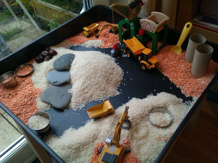 "Love this small world construction site image, shared by Choices Family Daycare. Wonder how long the rice & lentils stayed separated for! ("",)"