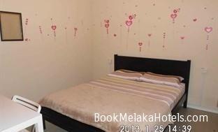7 INN MELAKA http://www.bookmelakahotels.com/7-inn-melaka/