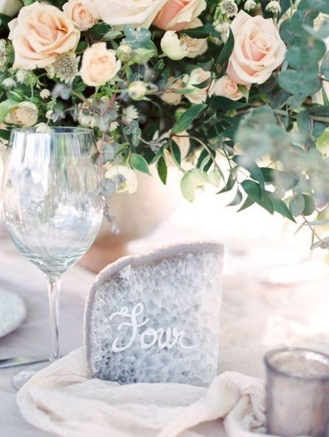 Geodes are one of the trendiest themes for weddings now, just look at the pics and you'll understand why – they are so fabulous! They are amazing ...