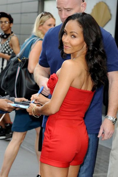 Jada Pinkett Smith looks red hot in tiny romper