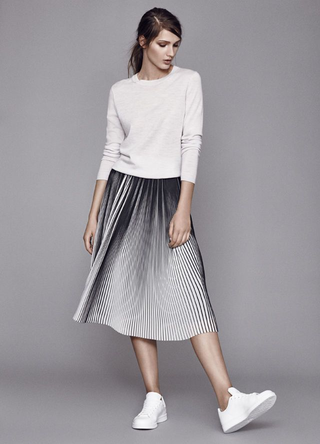 13aa2f4b8a How To Wear The Pleated Midi Skirt - Reiss Blog | ⎯ Swing ⎯ in 2019 |  Fashion, Pleated skirt outfit, Skirt fashion