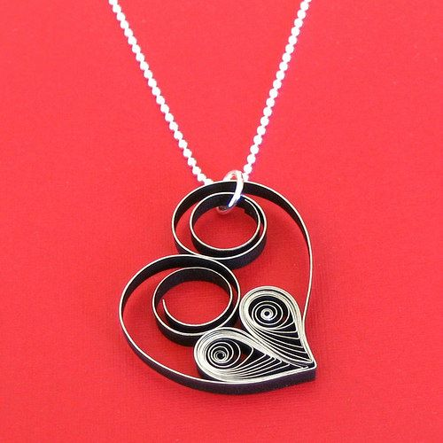 Quilled Heart Necklace Tutorial