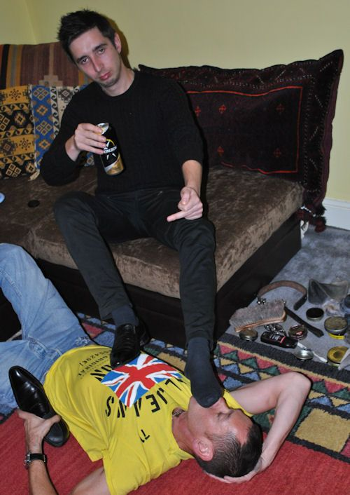video muscolosi gay master boy feet