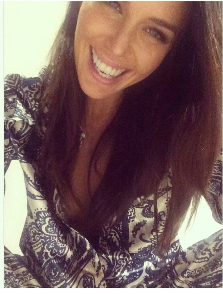 Jodi Anasta wearing Gingerlilly Briana set  in Support of the Pyjama Foundation!