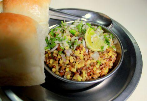 Tushar Misal Review Just Nashik http://justnashik.com/2013/07/28/just-nashik-food-review-famous-misal-pav-in-nashik-city-part-4-tushar-misal-nashik/