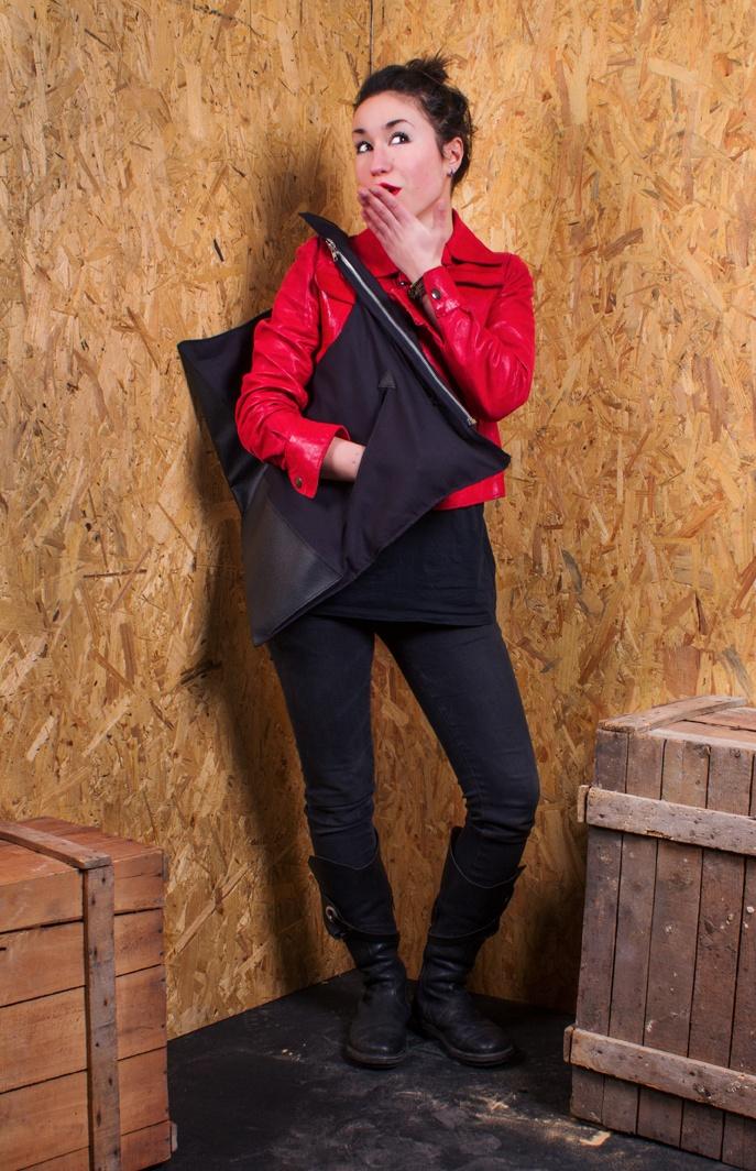 black bag –  www.chicapui.com